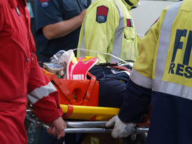 paramedics-and-stretcher