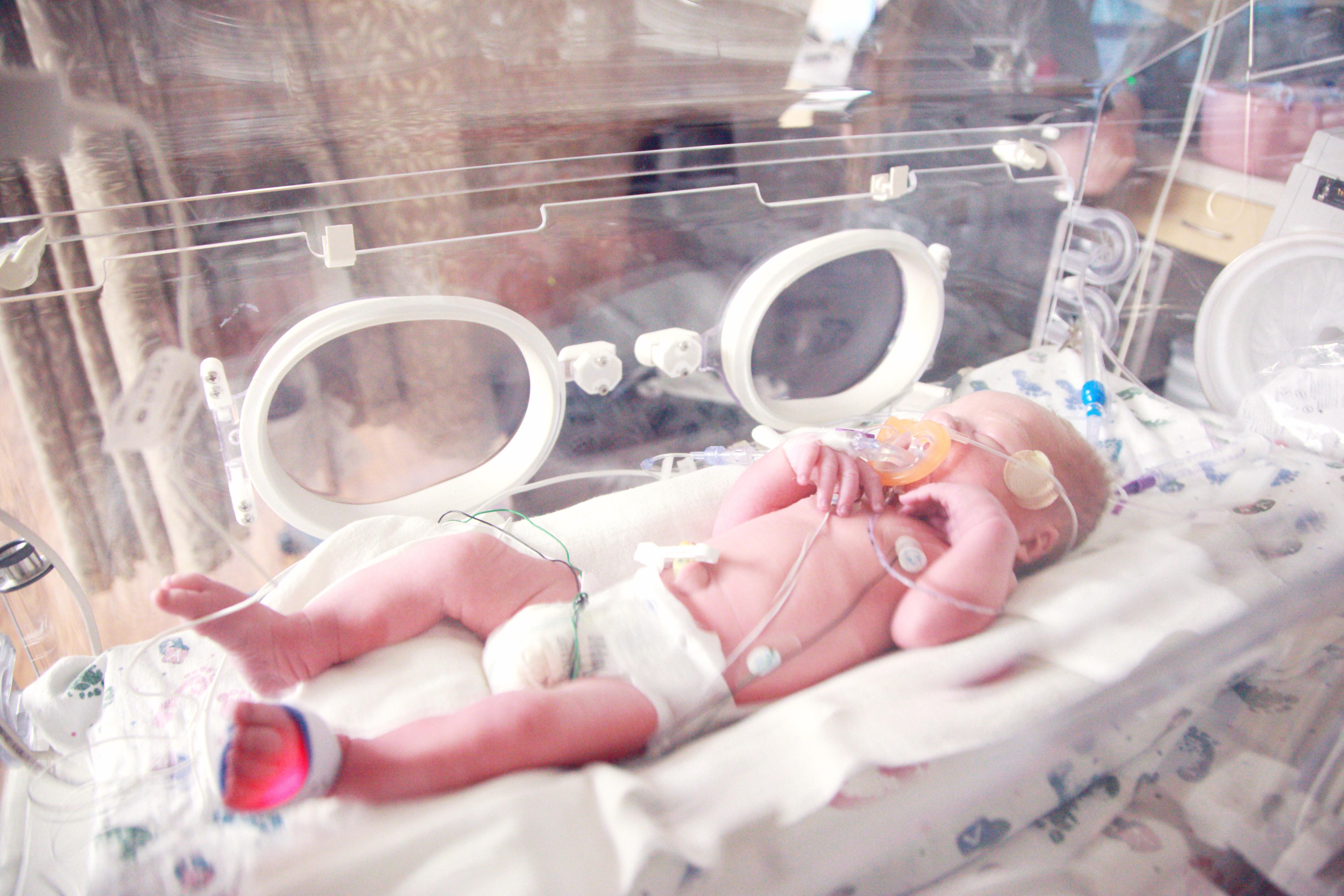 sharon mccutcheon 74 7j5t4sG0 unsplash - Birth Injuries: We Must Do Better